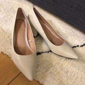 White (off white) Zara pointy block heel